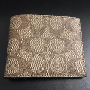 Men's Signature Coach Compact ID Billfold Wallet